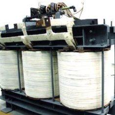 Установка для испытания электрической прочности изоляции полным и срезанным грозовым и коммутационным импульсом